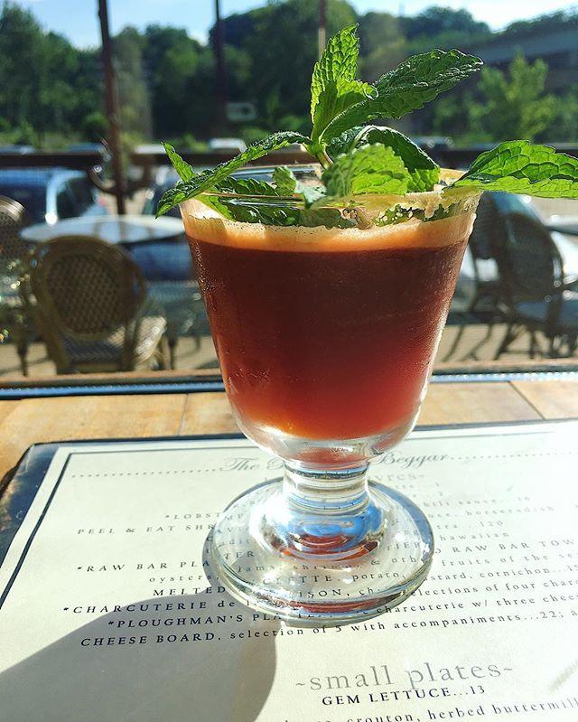 beggar's bitter, angostura, fernet branca, ginger, lemon, raw sugar. . . . #asheville #riverartsdistrict #cocktails #bittersweet #bartender #fernet