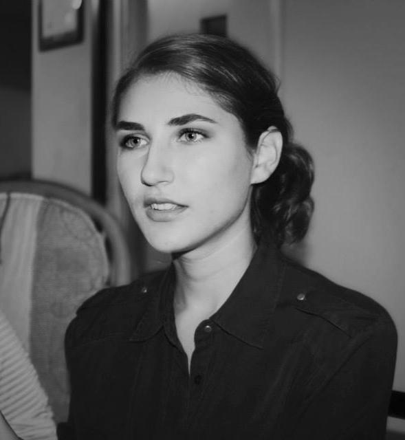 Portrait-Melanie Christou.JPG