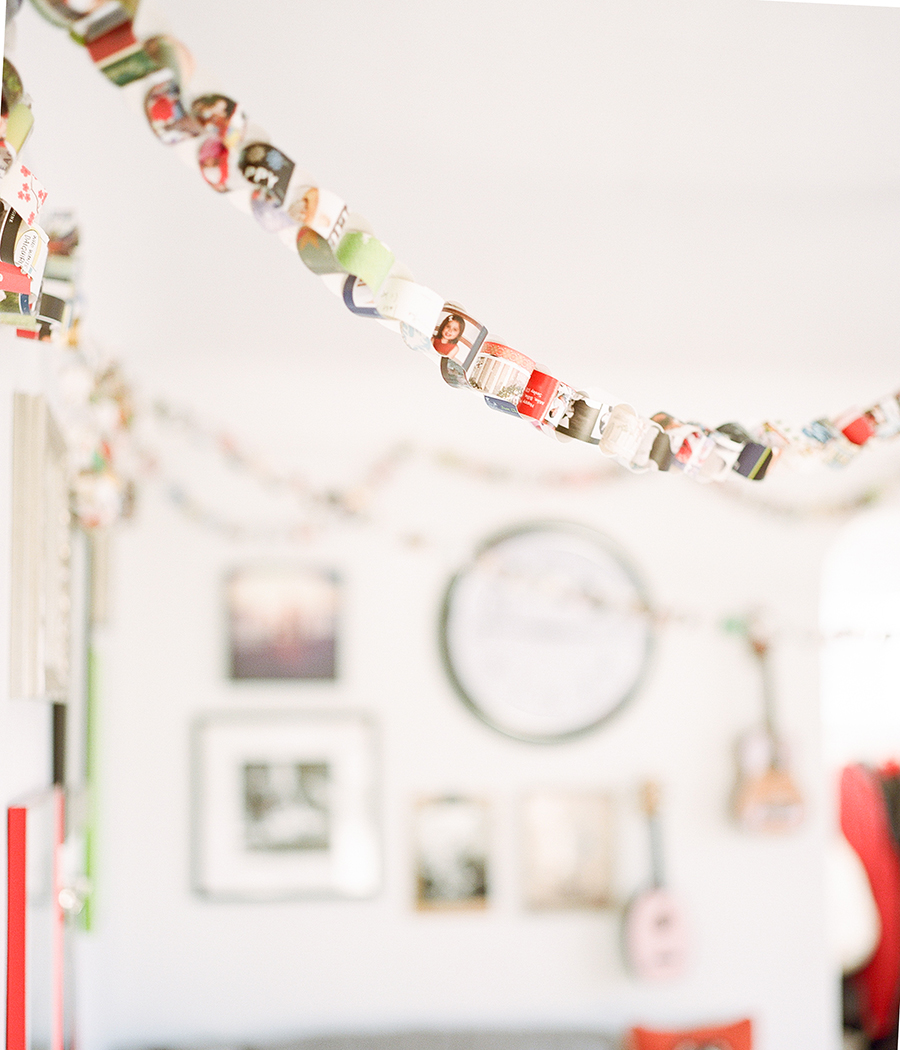 Holiday Card Paper Chain, Sandra Coan on Little Bellows