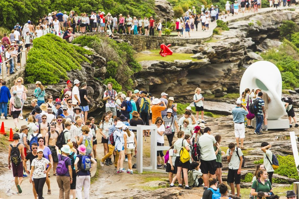 Sculptures by the Sea (image from sculpturebythesea.com/bondi)