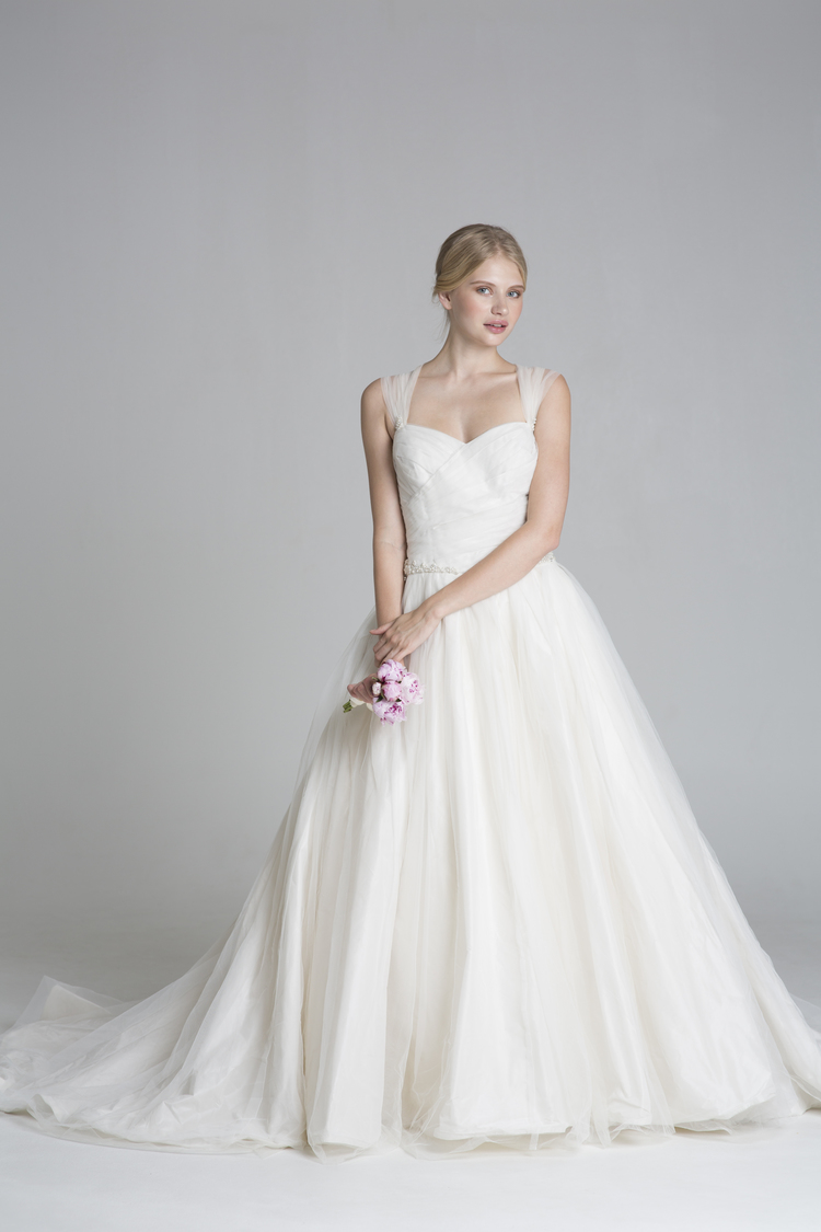 Vera Wang White Taffeta Ball Gown with Contrasting Tulle Overlay ...