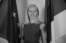 Krista Mulenok - Eesti NATO ühing, juhatuse liigeVari:Marie Valdes