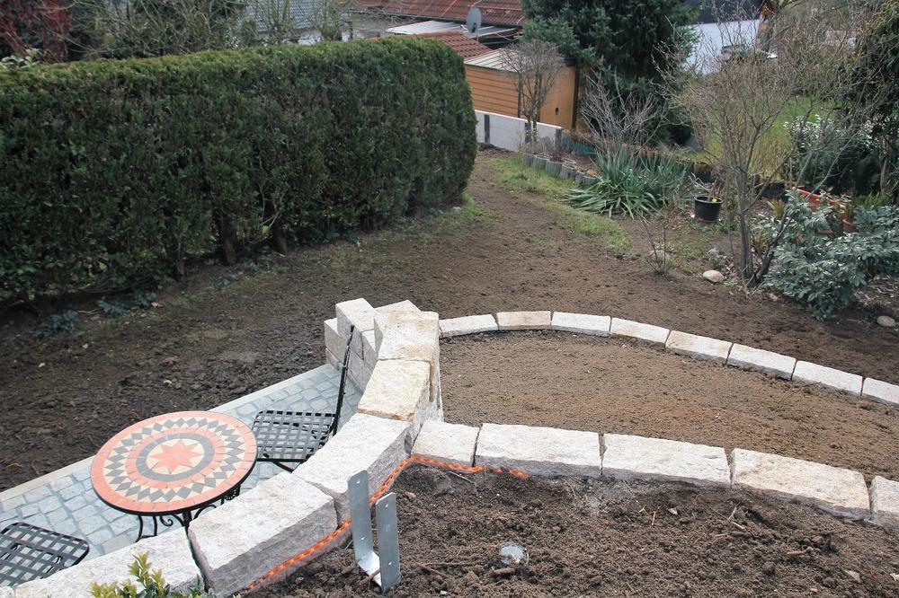 Der Blick nach unten vom Standpunkt der Gärtner im Bild vorher