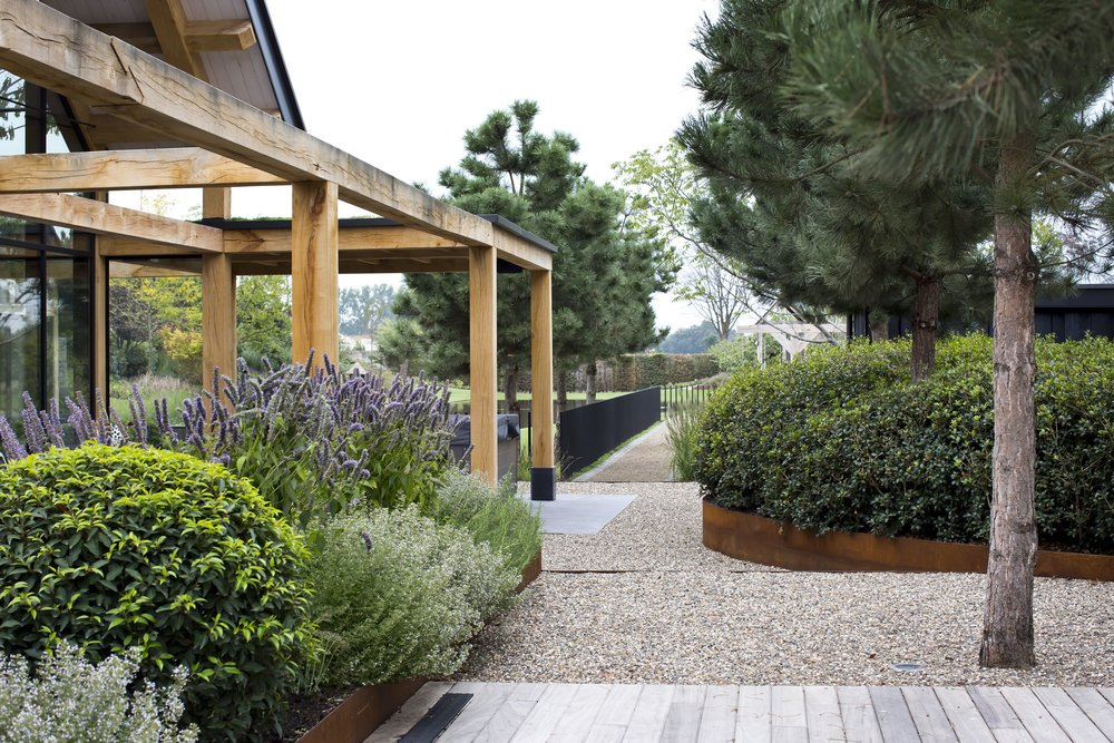 siebers-tuinprojecten-parktuin-erp-pinus-pergola.jpg