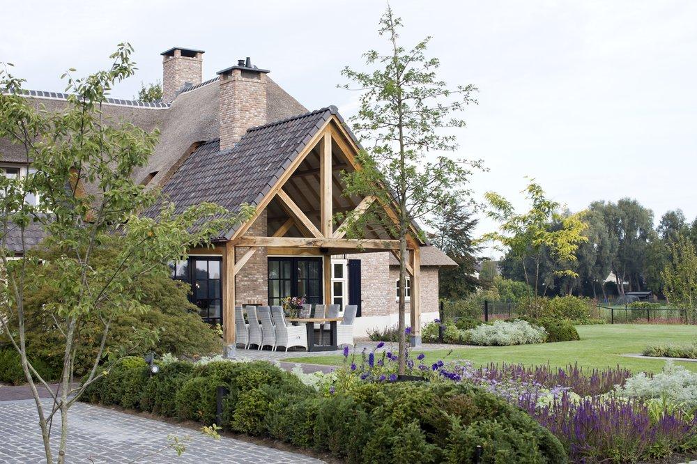 siebers-tuinprojecten-weelderig-landleven-boerderijtuin.jpg