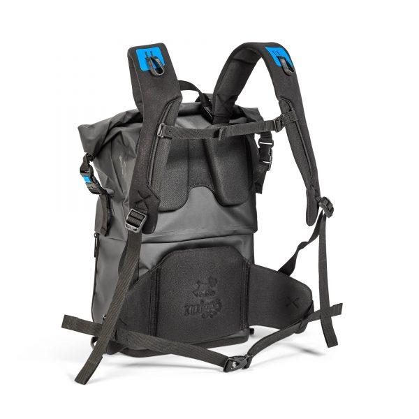 Aqua_Stormproof_Backpack_4.jpg