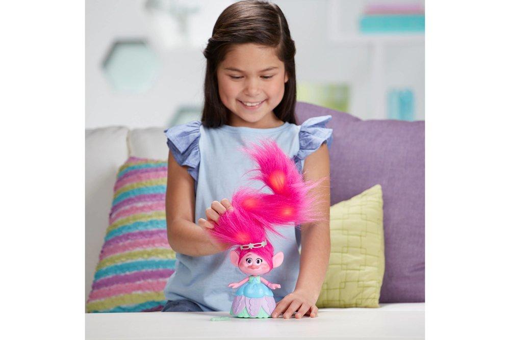 DreamWorks Trolls Hair in the Air Poppy 3.jpeg