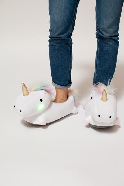unicornslippers2.jpg
