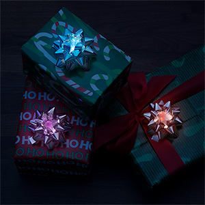 jkli_led_bow_set_presents.jpg