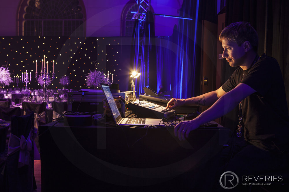 Gala Dinner - Reveries Event on site technician at the AV production desk
