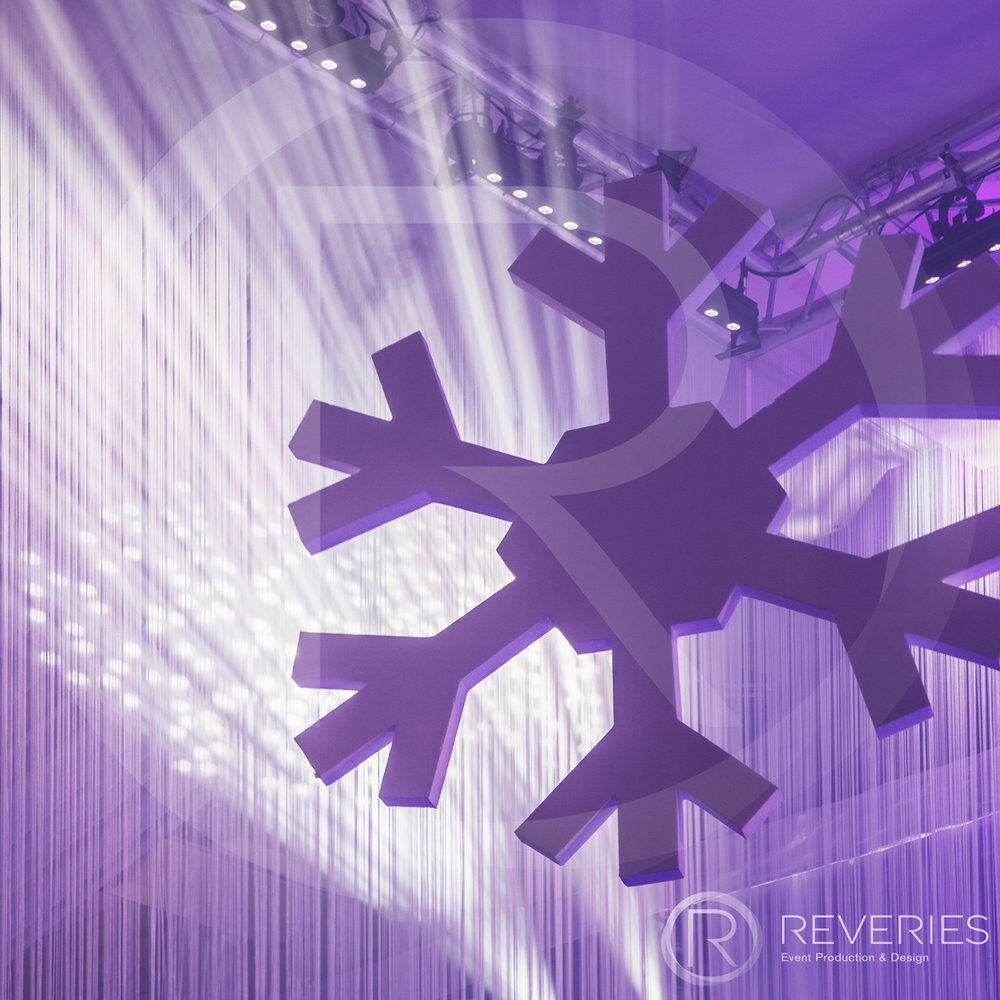 Snowman Spectacular - giant bespoke snowflake chandelier