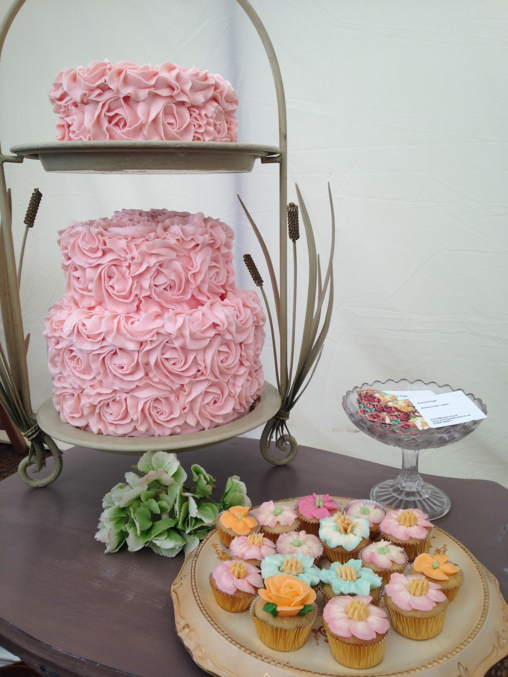 pink rose swirl buttercream cake