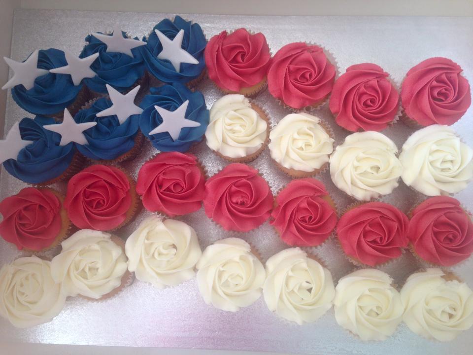 American flag pull-apart cupcakes. Buttercream swirls £3 each