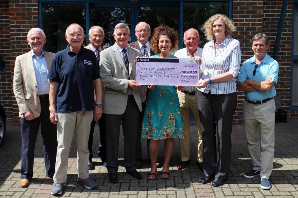 Rotary Boxing Gala raises monmey for Oasis