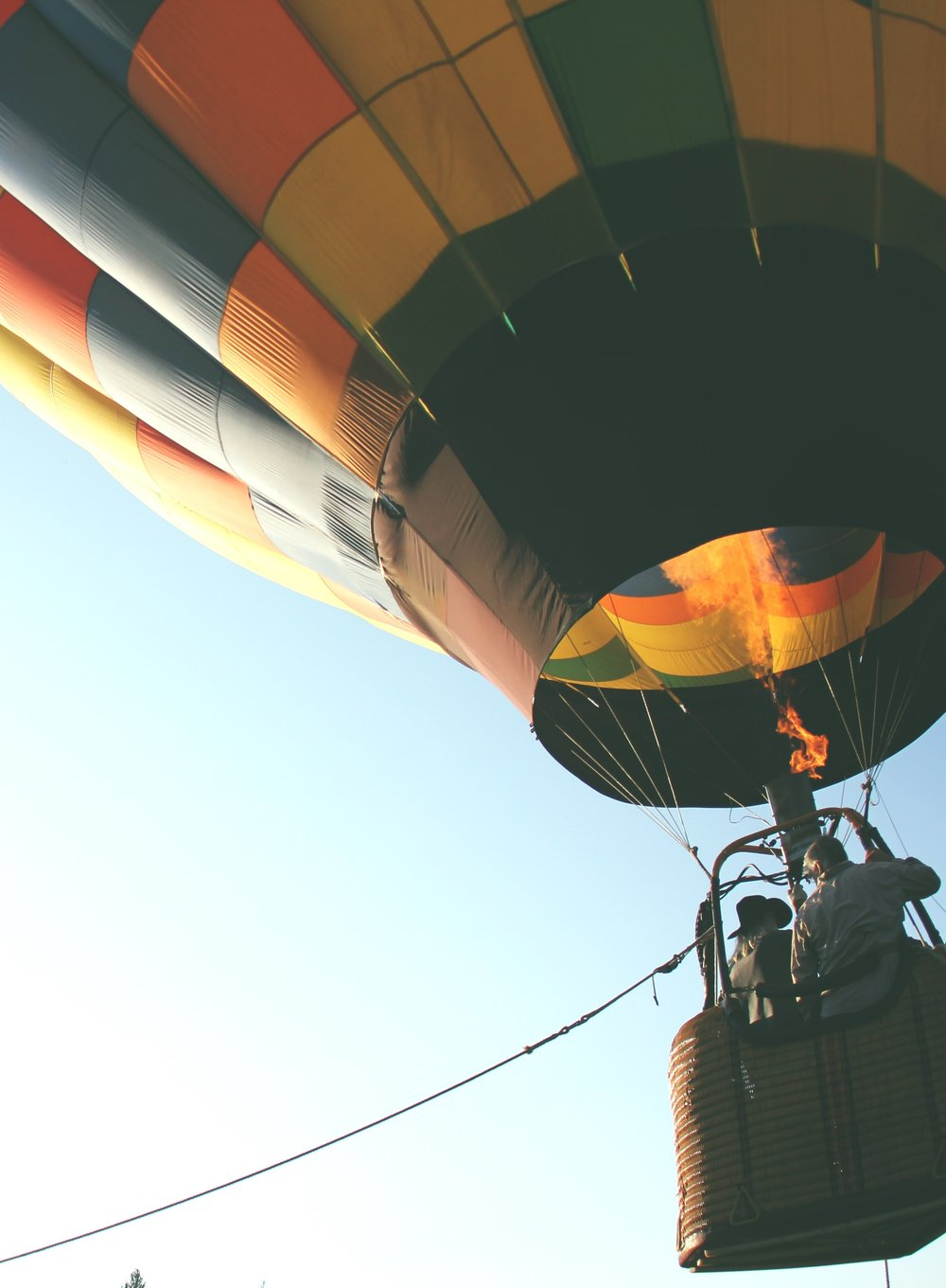 hot-air-balloon-401545.jpg