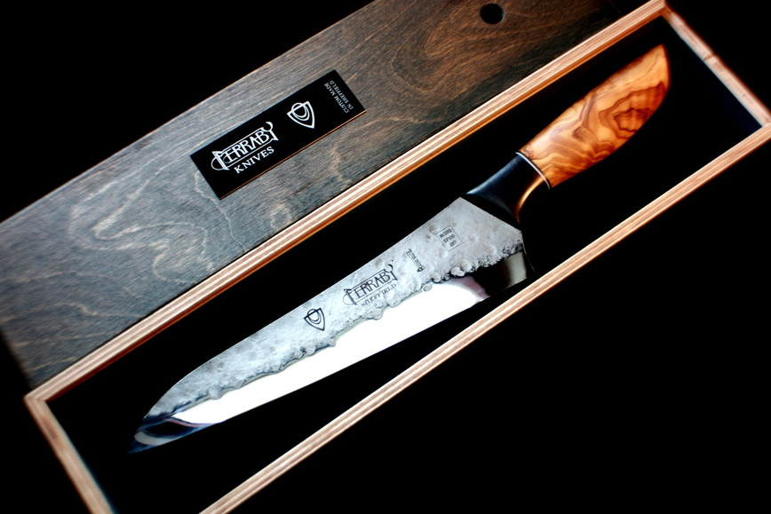 Will Ferraby Knives - @FerrabyKnives