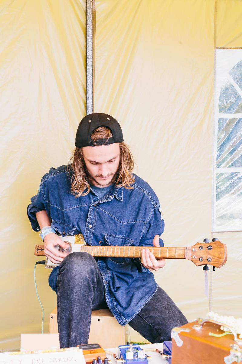 George Parfitt playing one of his Dockyard Guitars -  www.DockyardGuitars.com