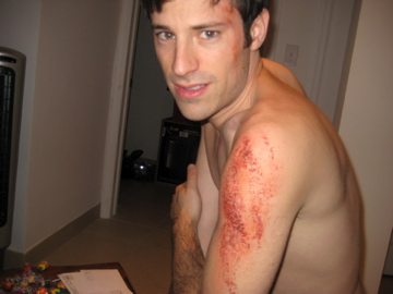 i'm making my TV debut on NBC's mercy tomorrow night (wednesday the 21st) at 8 pm. check out my fake scrapes!  zowie!