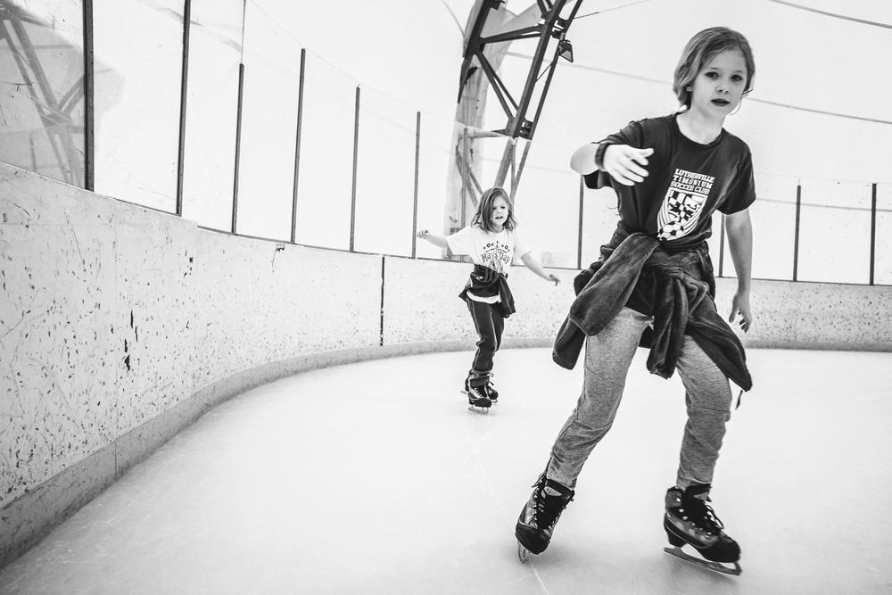 rebecca_wyatt_ice_skating-10.jpg
