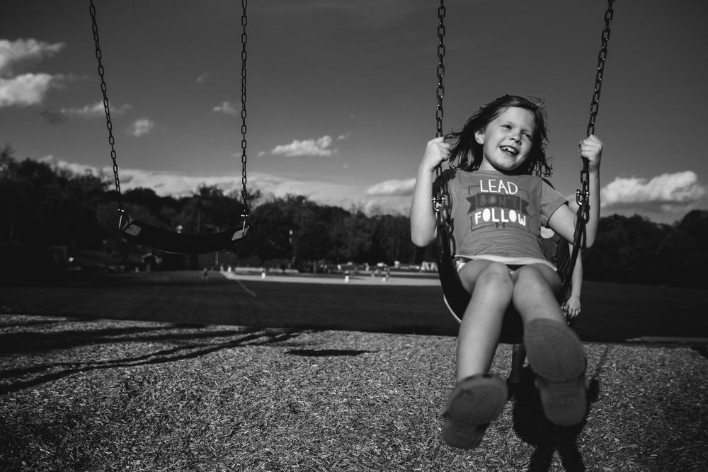 rebecca_wyatt_girls_on_swings-8.jpg