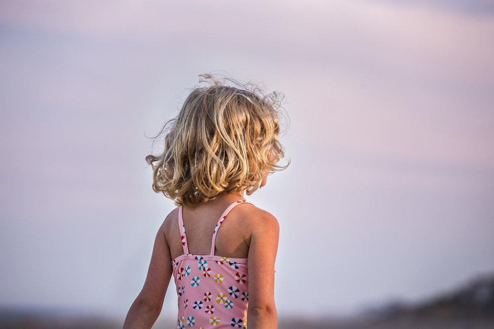 family_of_five_beach_blog_fields (8 of 38).jpg