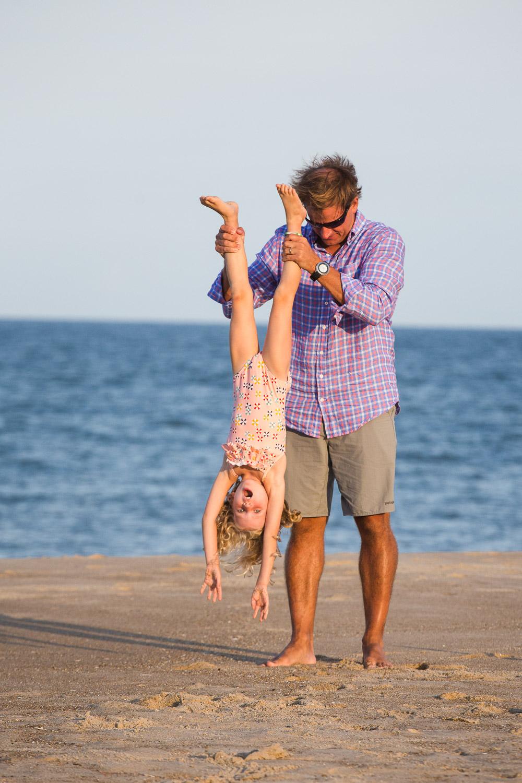 family_of_five_beach_blog_fields (9 of 38).jpg