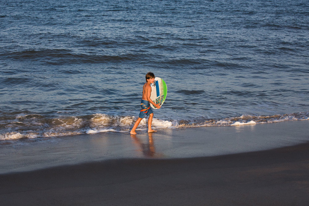 family_of_five_beach_blog_fields (10 of 38).jpg