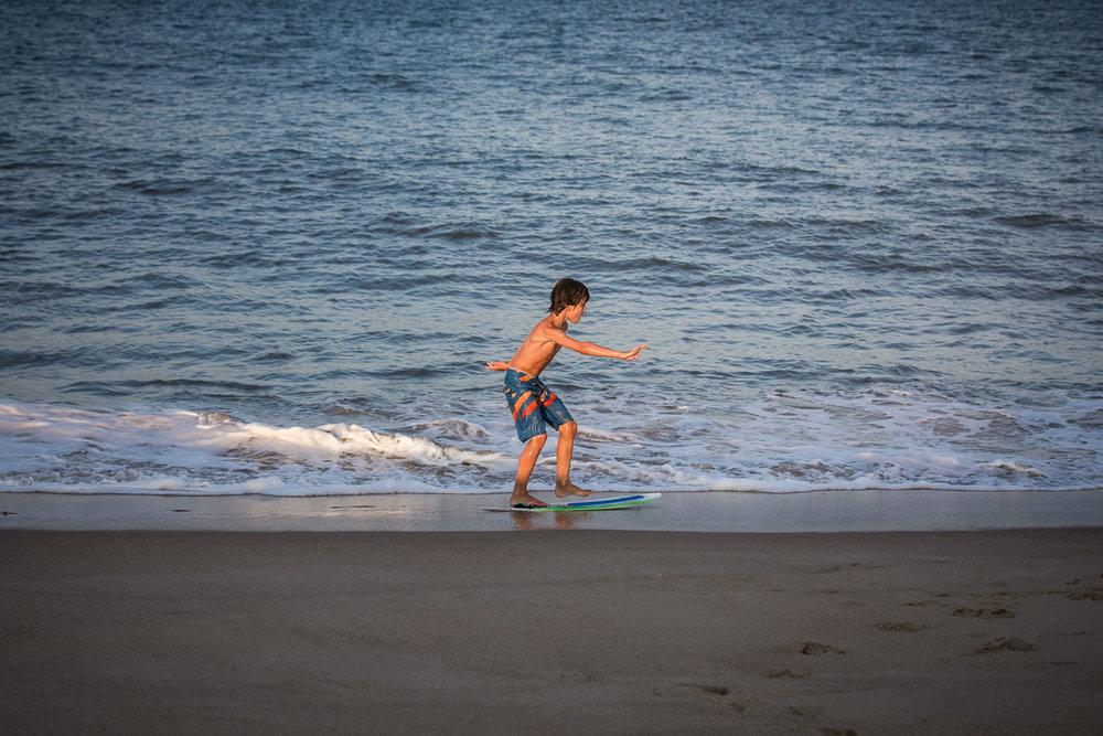 family_of_five_beach_blog_fields (12 of 38).jpg