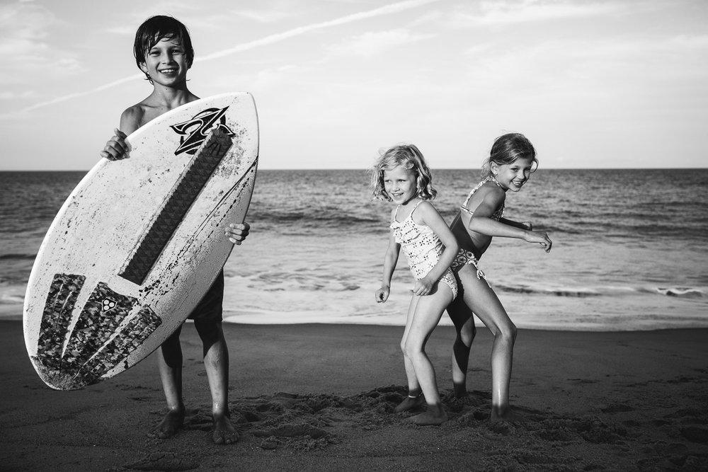 family_of_five_beach_blog_fields (35 of 38).jpg