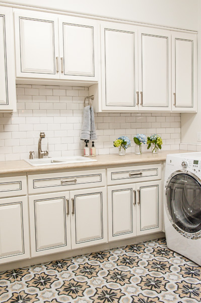 north-scottsdale-luxe-laundry.jpg