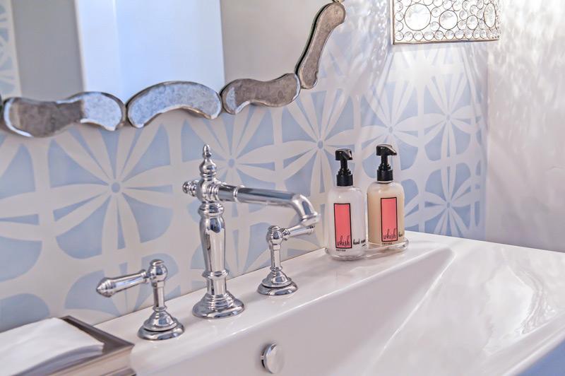 crystal-sconces-mirror-luxe-scottsdale-powder-bath.jpg