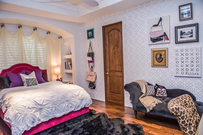 hollywood-regency-glam-scottsdale-bedroom.jpg