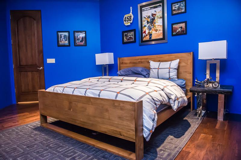 scottsdale-motocross-boy-bedroom.jpg