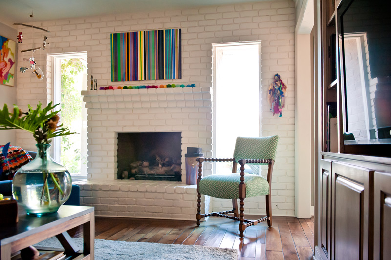 painted-brick-modern-family-room.jpg