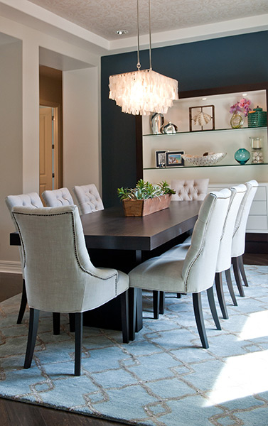 navy-white-dining-room.jpg