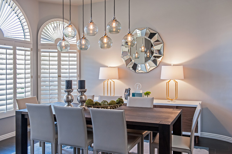 modern-dining-room-eddison-bulb-lighting.jpg