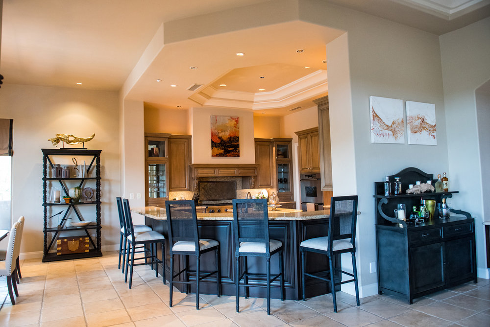 1 - Kitchen+Transitional+CustomArt+Accessories+Lighting+Scottsdale.jpg