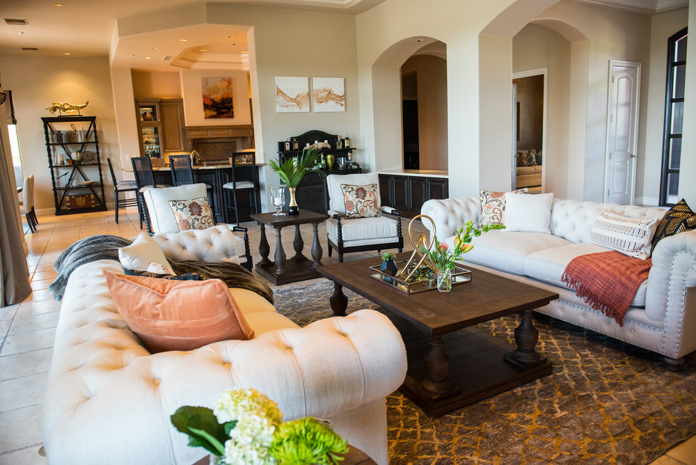 13 - GreatRoom+Art+Accessories+Desert+Transitional+Scottsdale.jpg
