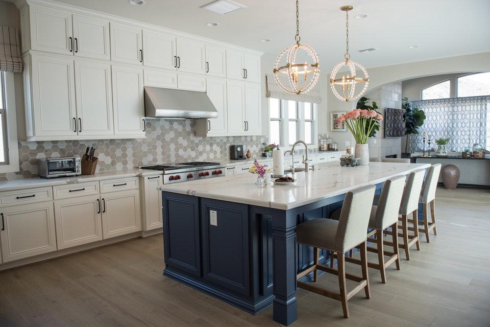 5 Kitchen+Transitional+Scottsdale+Chandelier.jpg
