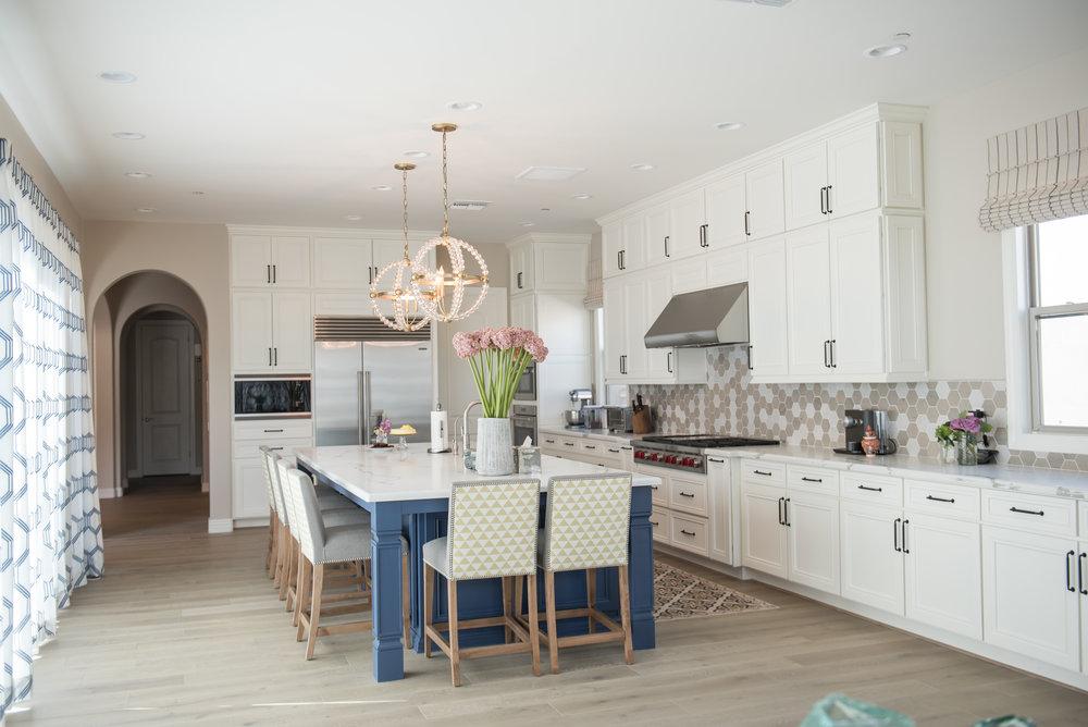7 Kitchen+transitional+navyblueisland+Barstools+Yellow+Scottsdale.jpg