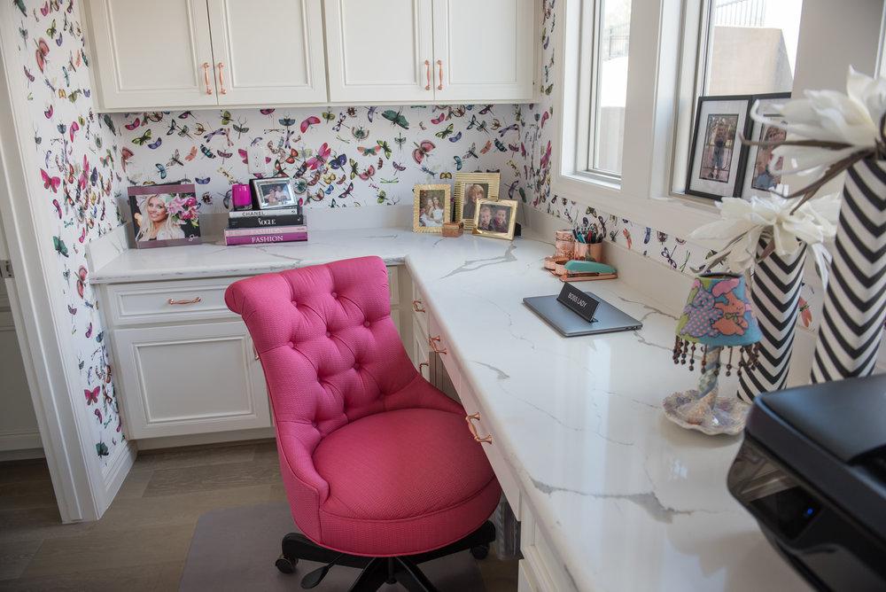 18 Office+Feminine+Hotpink+Wallpaper+Scottsdale.jpg