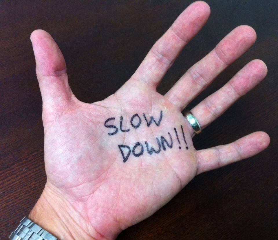 slow_down_Hand