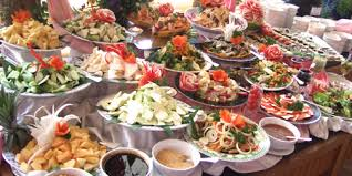 buffet lunch.jpg