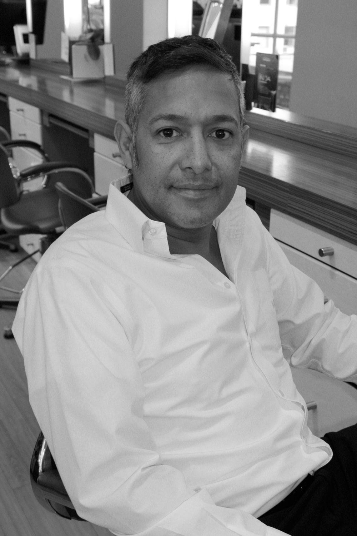 JONN RHAMANI - DESIGNER - FULL BIO & PORTFOLIO