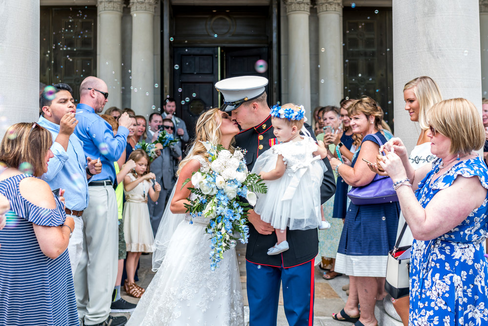 bubble-exit-wedding-kiss-photography.jpg