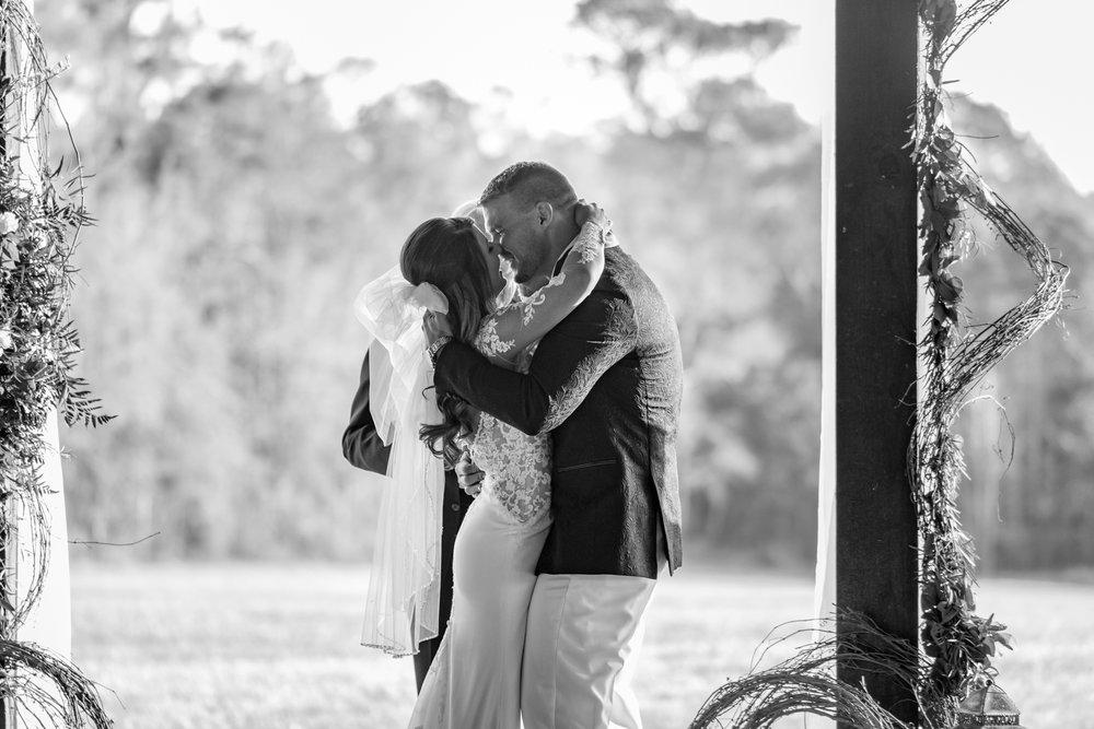 wedding-photographers-pensacola-42.jpg