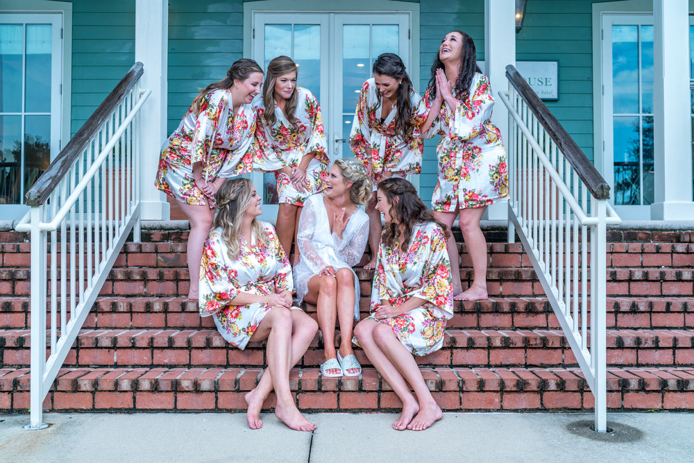 bridal-party-candid-photography.jpg
