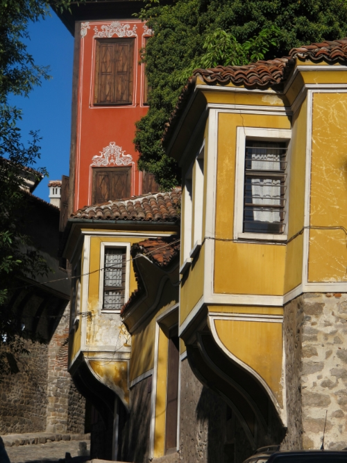 National Revival designed houses, Plovdiv, Bulgaria   Photo   © Evelyn Weliver