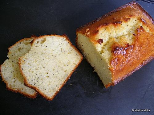 lemon poppyseed cake.jpg