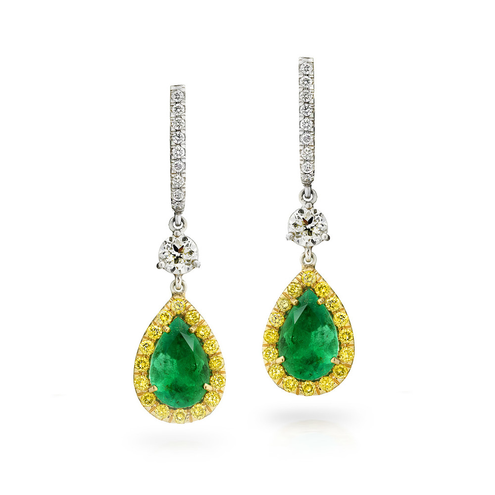 EMERALD PEAR SHAPE WITH FANCY VIVID YELLOW AND COLORLESS DIAMONDS, CRAFTED IN 18K YELLOW AND GOLD PLATINUM, 3.08 CTW